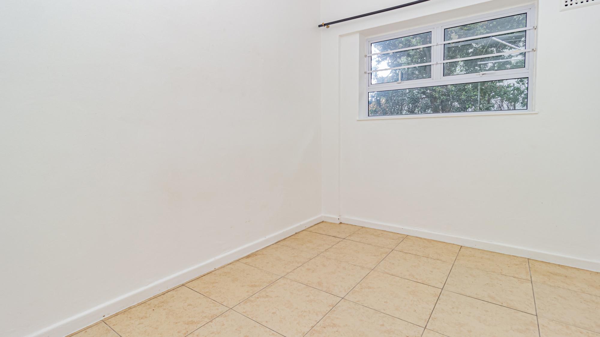 Image-005-bedroom-2